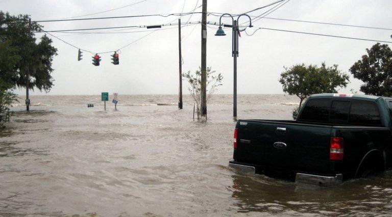Slightest heat increase magnifies hurricane risk